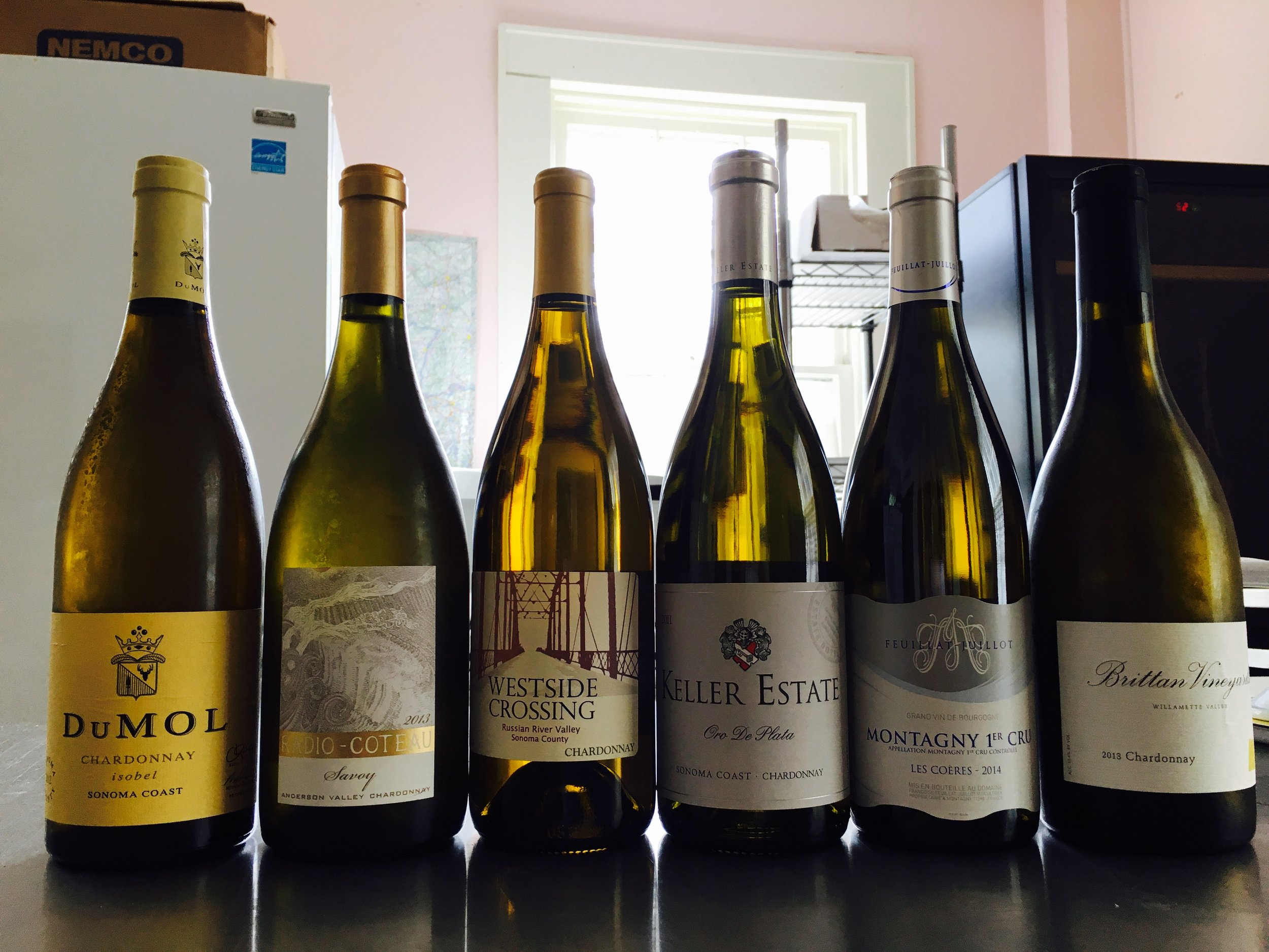 Another fun and casual evening, this time tasting 6 fabulous Chardonnays. Do you like your Chardonnay oaky and buttery or super smooth balanced? Snacks and Wine Tasting/Drinking  Friday March 24th, 5:30pm, $60 pp   for reservations:  alice@bartlettpearinn.com