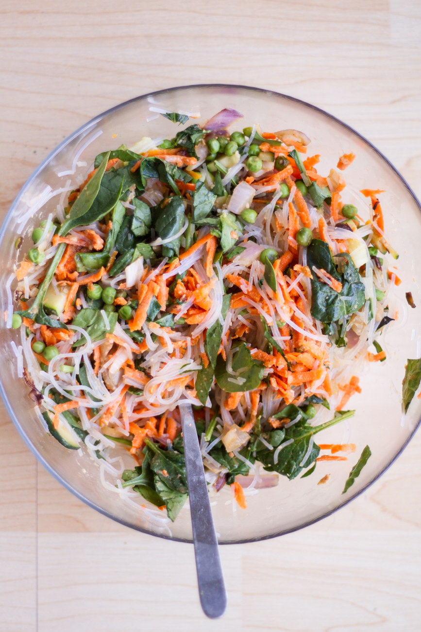 Bolandia Blogger Vancouver - Spicy Peanut Veggie Noodle Bowl-7743