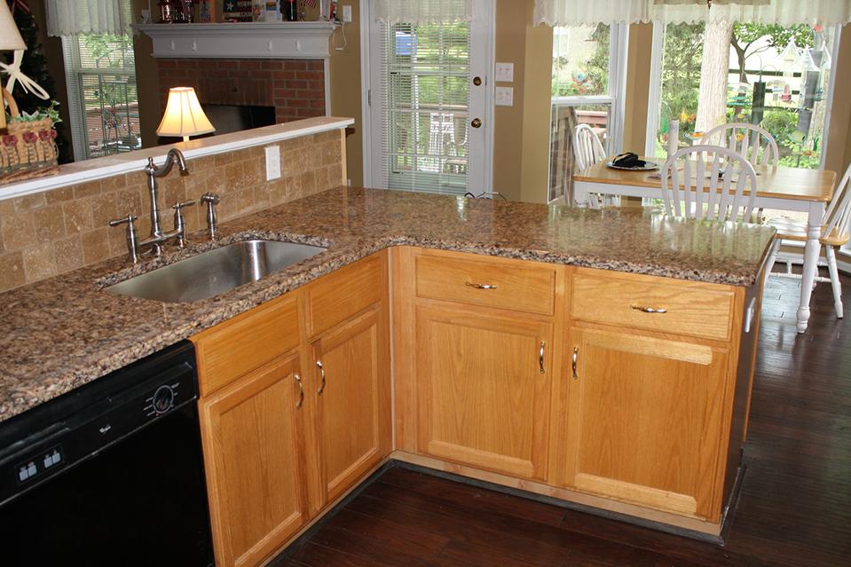 Cincinnati Granite Countertops, Custom Kitchens