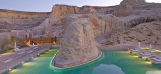 Giri_Swimming+Pool_Dusk_hp.jpg