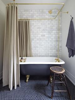 natalie+toy+interior+design+brass+nathroom.jpg