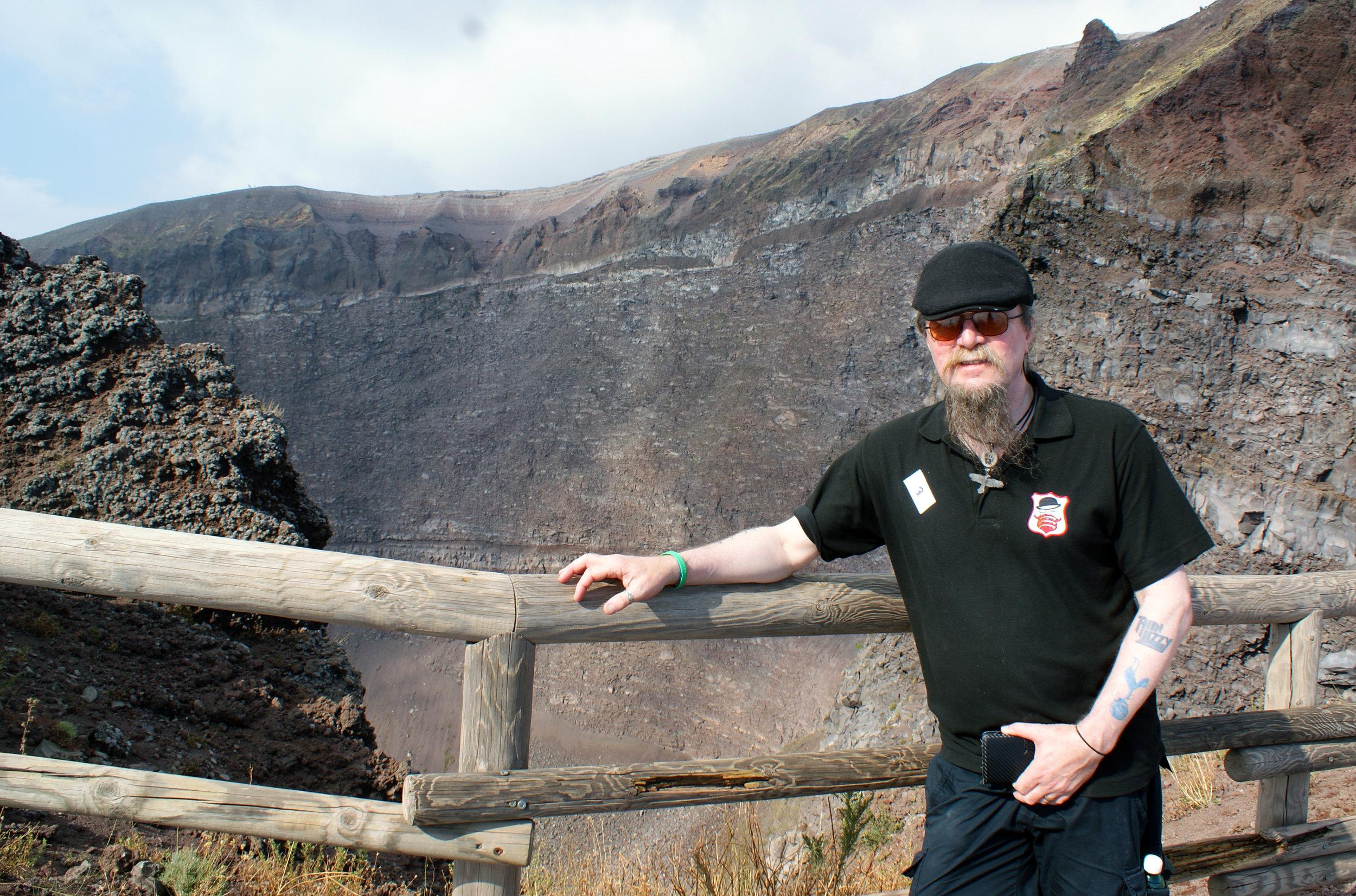 Top of Vesuvius.jpg