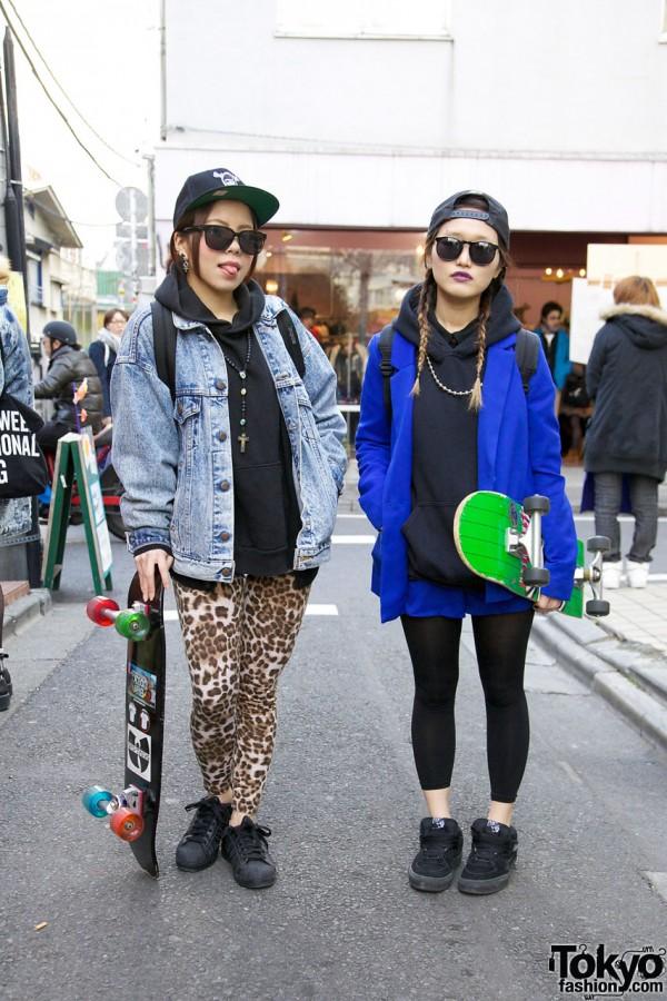 From:http://tokyofashion.com/harajuku-skateboard-girls-in-adidas-superstar-2-vans-sneakers/