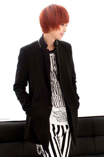 Korean Unisex Fashion Shop : I love androgyny as displayed in Korean, Japanese, Chinese, and Thai pop culture style. I particularly love the large use of graphic pattern and integration of punk and goth details.