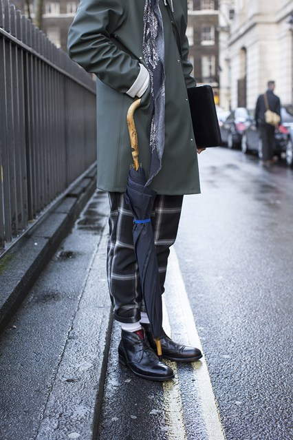 I love those trousers rolled! The shape is interesting compared to the standard skinny cut everywhere lately. I am also really loving those boots. | From:  gq-magazine.co.uk