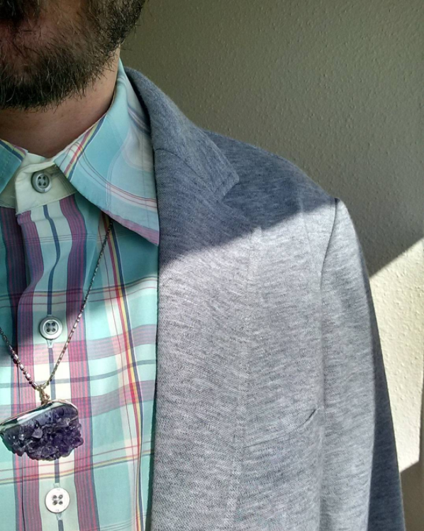 This necklace is gorgeous and looks beautiful with traditional menswear.Via @ wilson_m_j