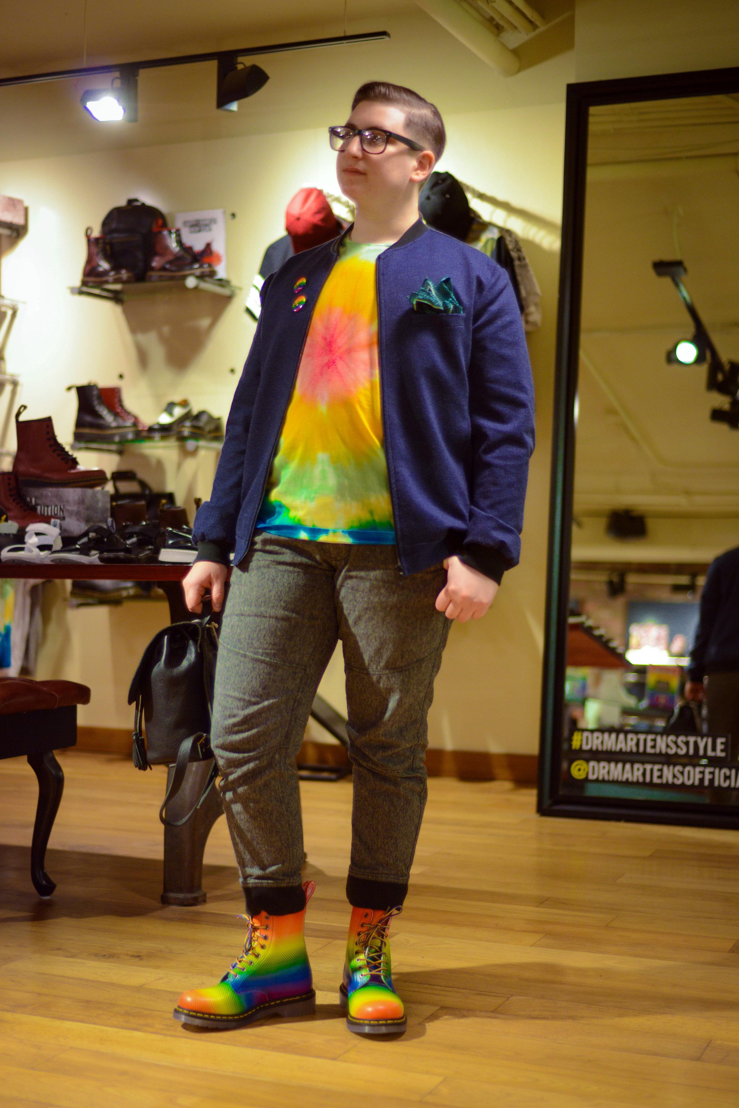 - Gap pants / Dr Martens