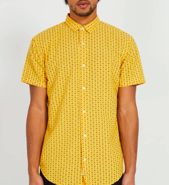 Frank & Oak Short-Sleeved Cotton-Linen Shirt in Golden yellow