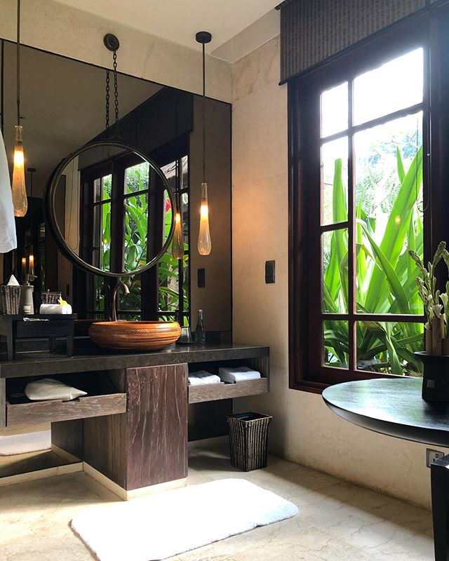 Moody villa bathroom vibes #bali #ubud #ritzcarlton #upgrade #pinchme #jungle #reserve
