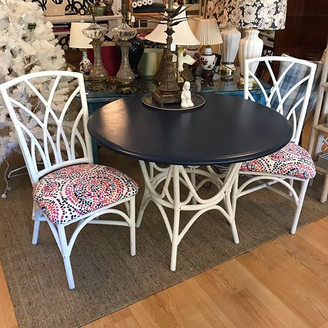 Dining set, $62.50 SAY WHAT!!!!!! Yep. Get here!
