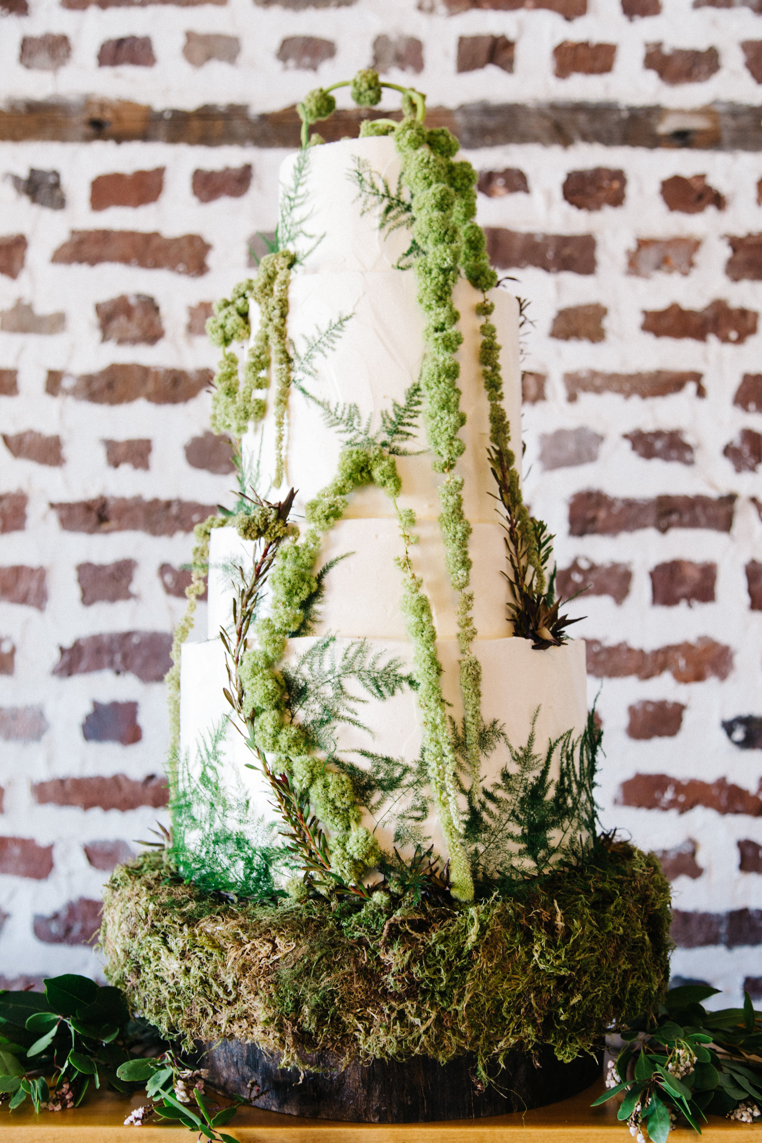 eco-friendly, greenery, foraged wedding cake at upstairs at midtown Charleston wedding planners, Scarlet Plan & Design