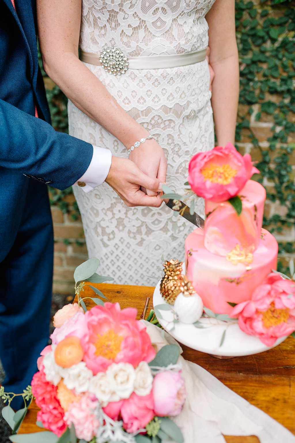 charleston elopement planners, scarlet plan & design, coral, tangerine, hot pink, peach intimate wedding  (8).jpg