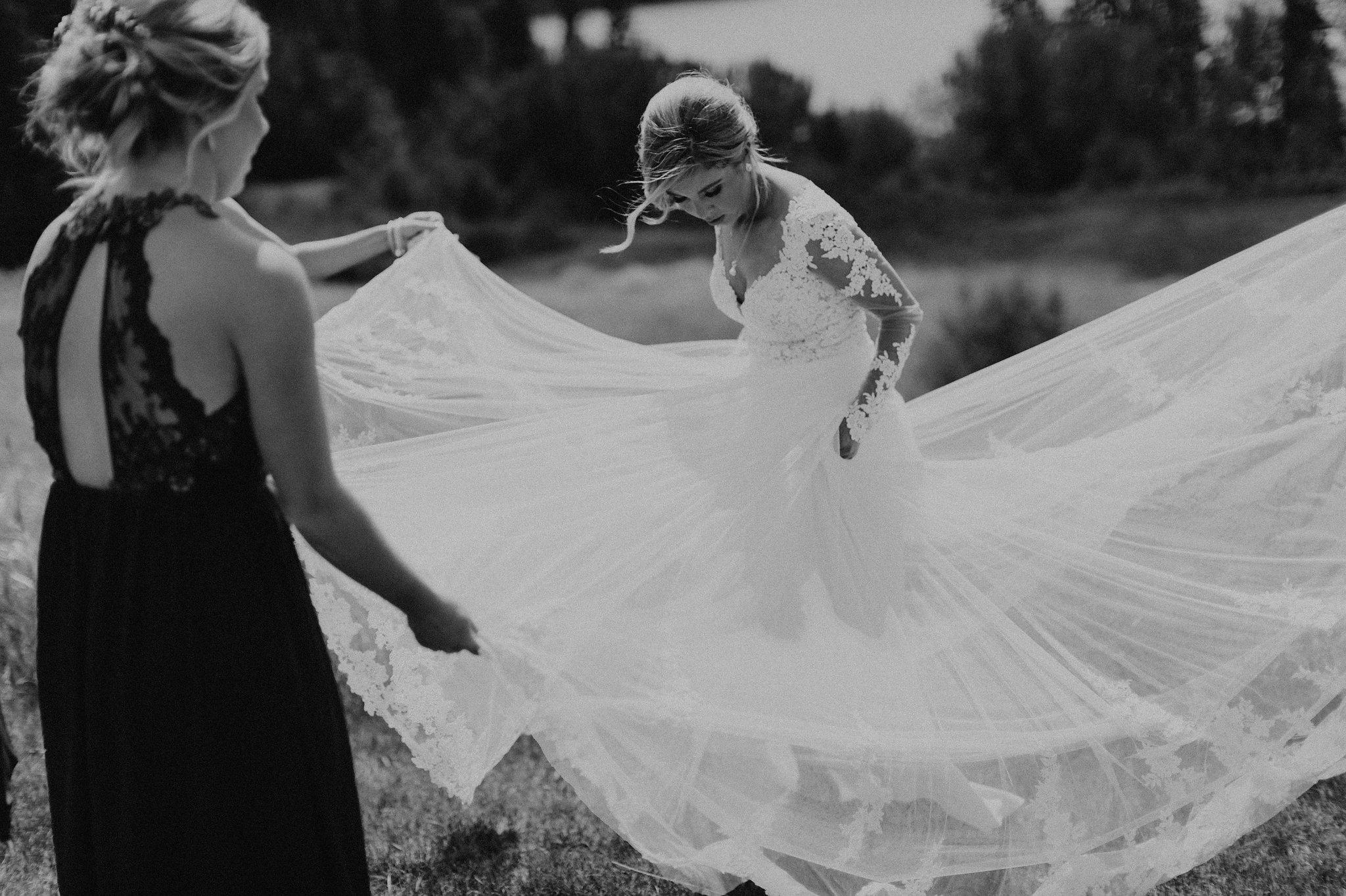 KE_WeddingParty-9.jpg