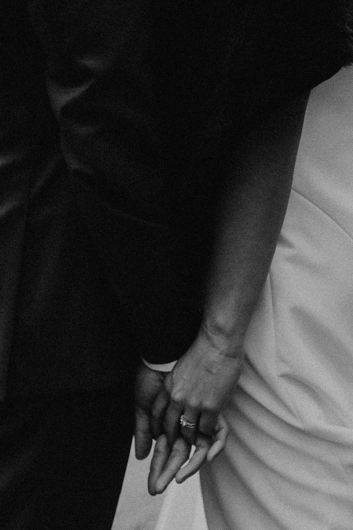 AK_Wedding_CouplePortraits-60.jpg