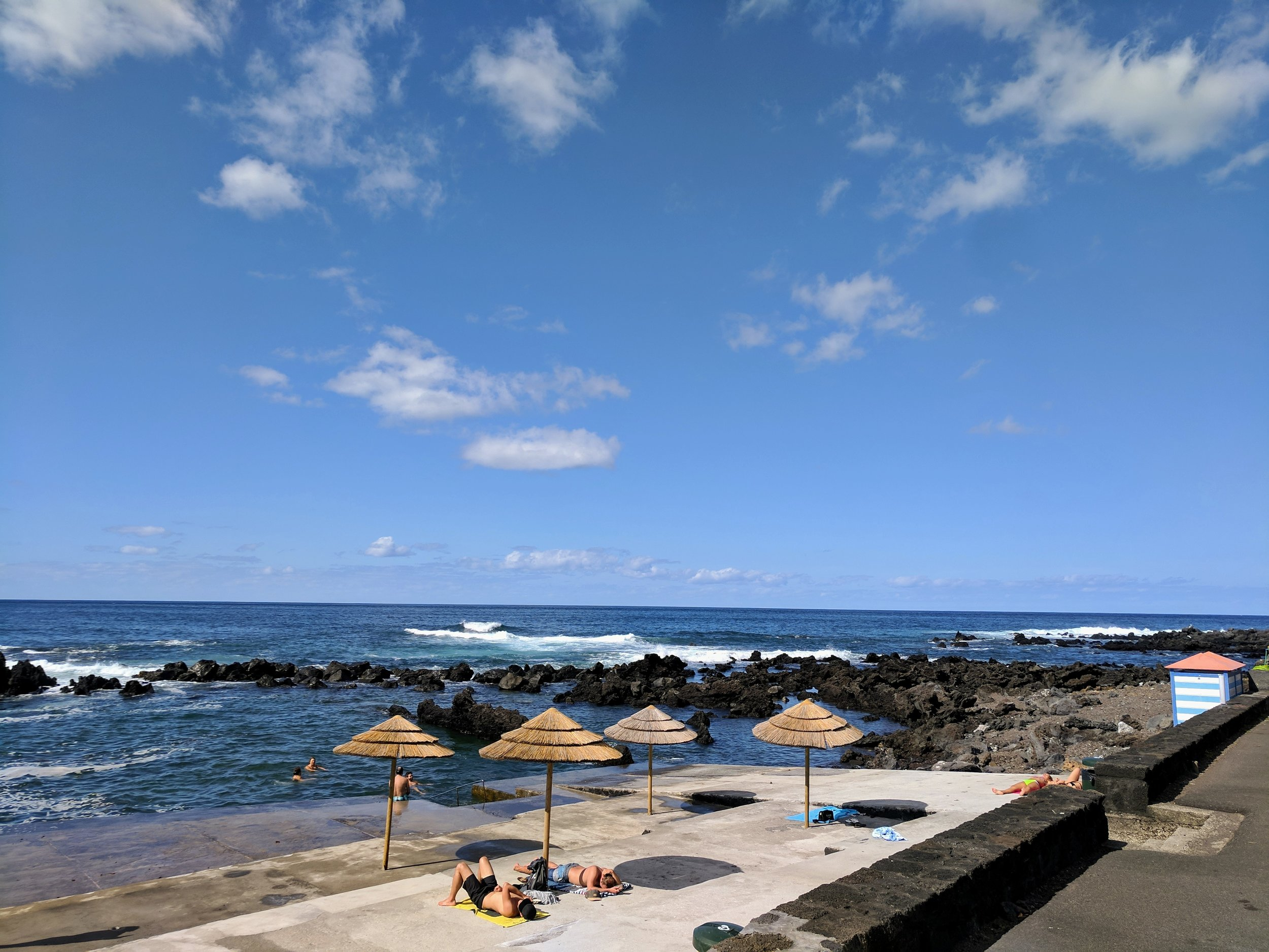 These little public beaches were along the eintire coast of Pico!