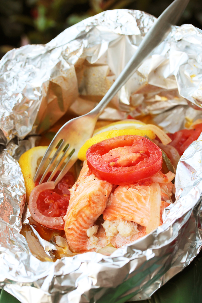 Salmon foil packet with vegetables