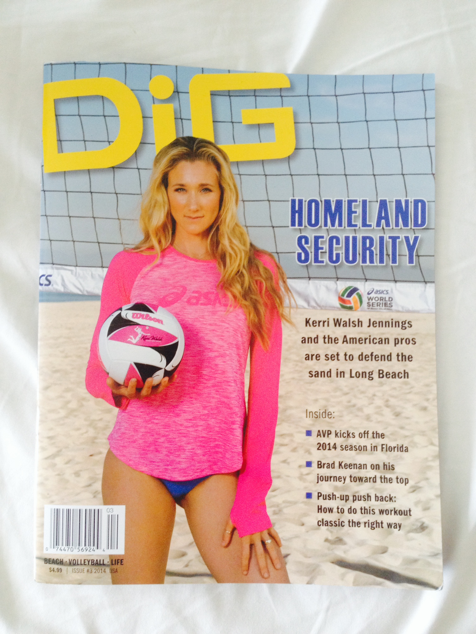Kerri Walsh rocking the ASICS long sleeve in pink. This weekend's WIN at the Long Beach tournament gets them points on the road to the 2016 Olympics in Rio, where Kerri will be competing for her 4th Gold medal, this time with new partner, the very accomplished April Ross.