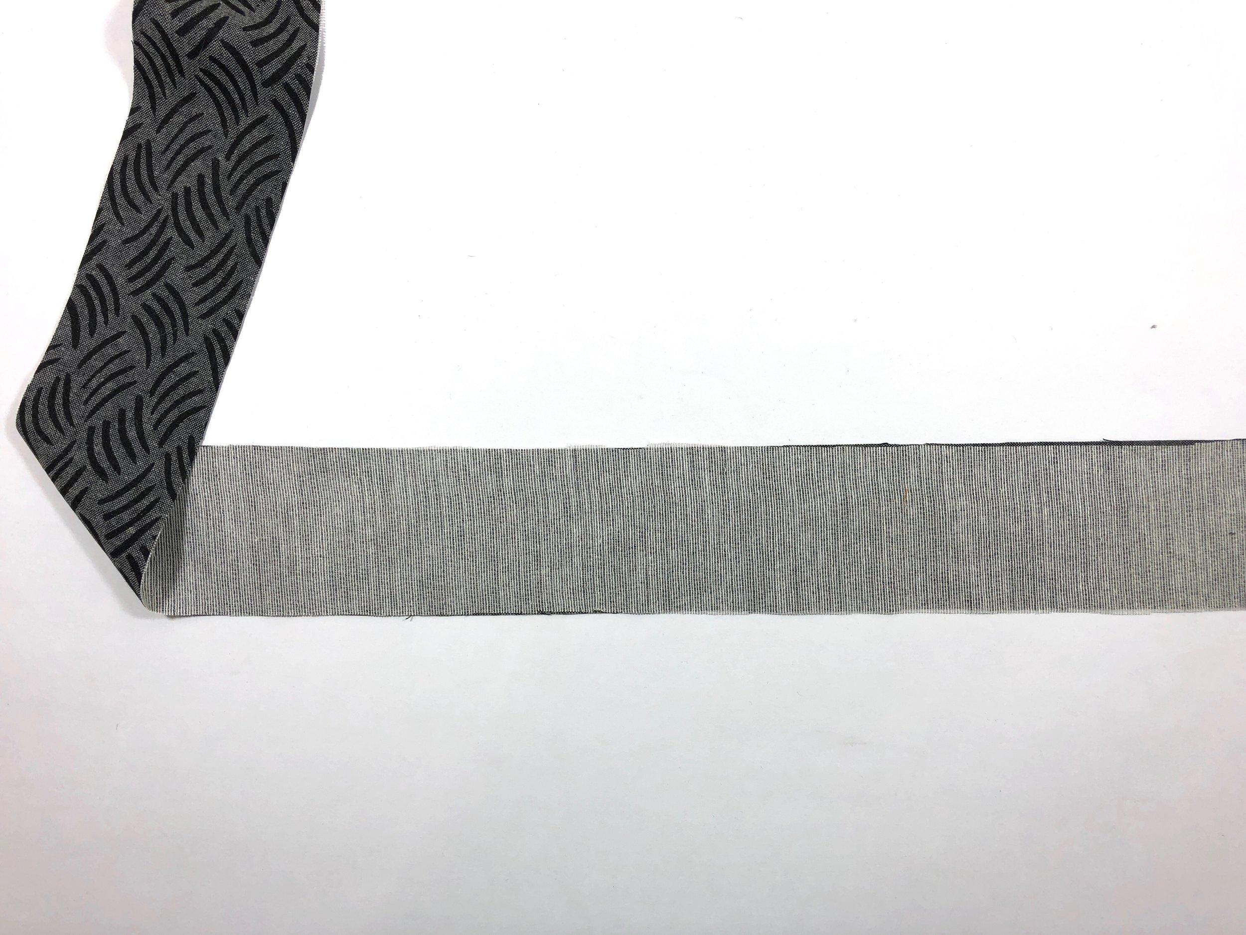 1. Interface waistband.
