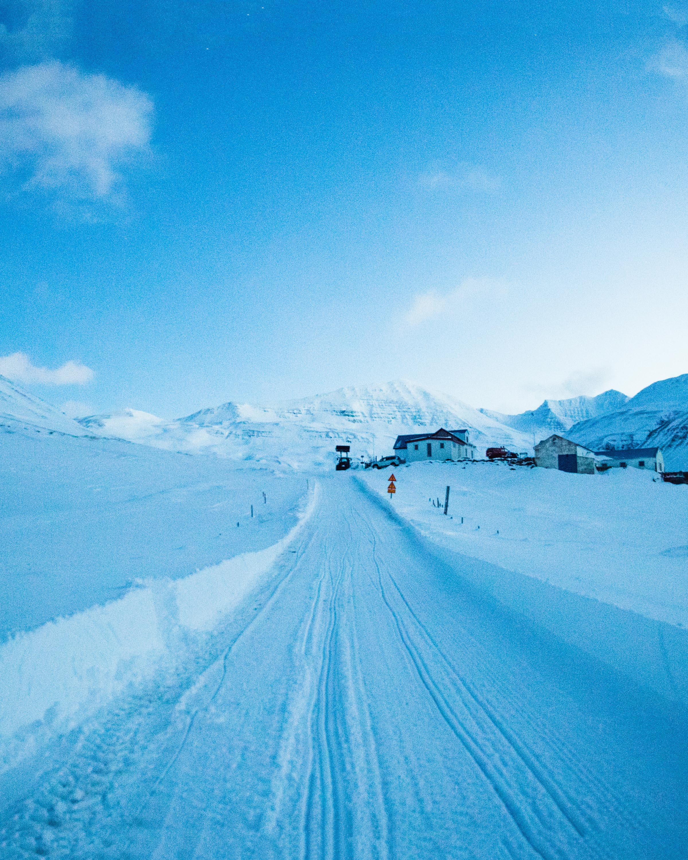 Iceland_bluehour_web.jpg