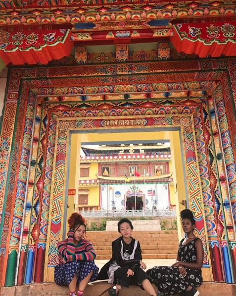BUFU (minus Katherine Tom) at the Jiyunsi Temple in Lashihai (taken from the BUFU IG)