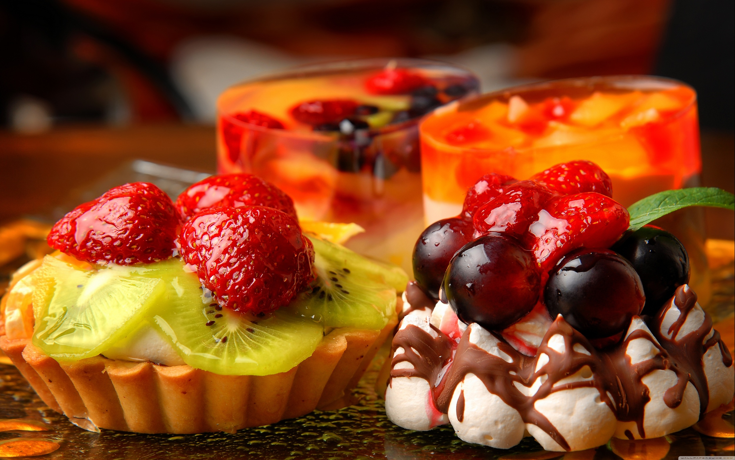 various_desserts-wallpaper-5120x3200.jpg