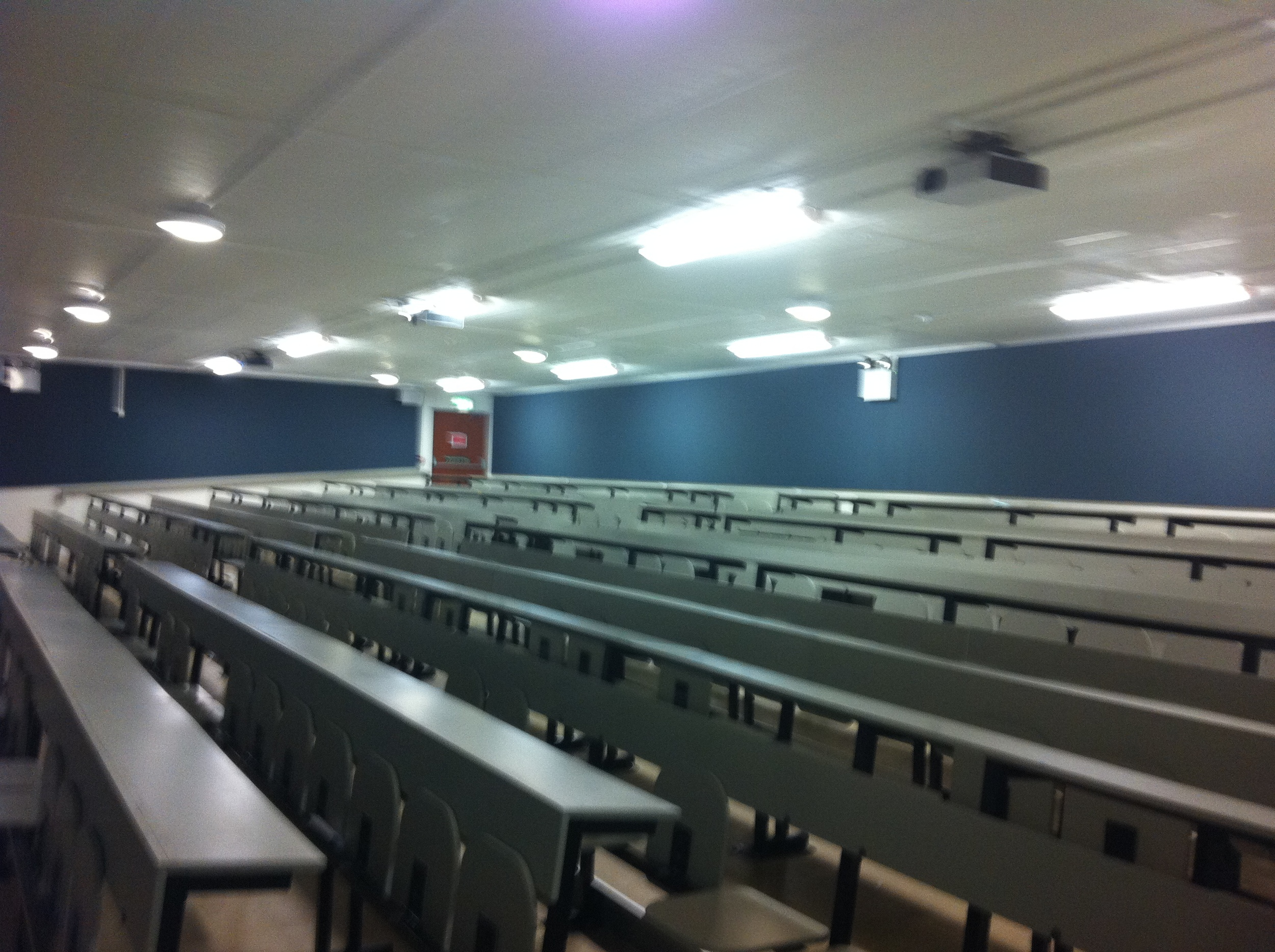 ucd-lecture-theatre-1.jpg