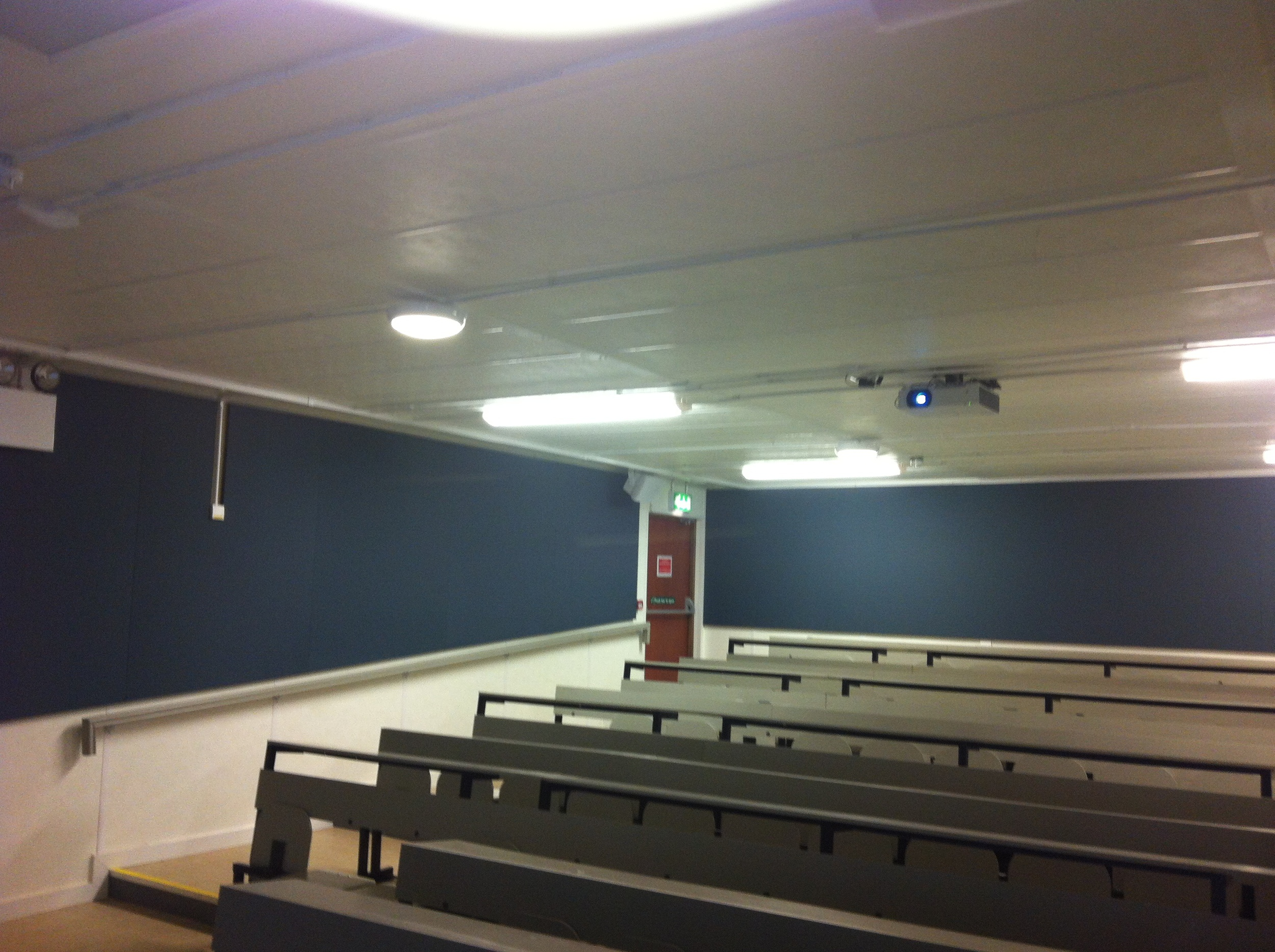 ucd-lecture-theatre-3.jpg