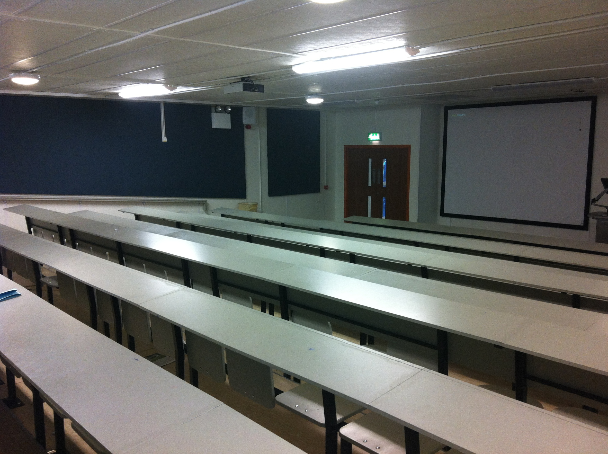 ucd-lecture-theatre-5.jpg