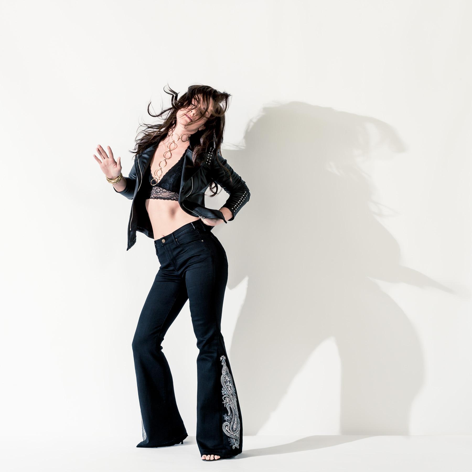 Lindsey Photo 1.jpg