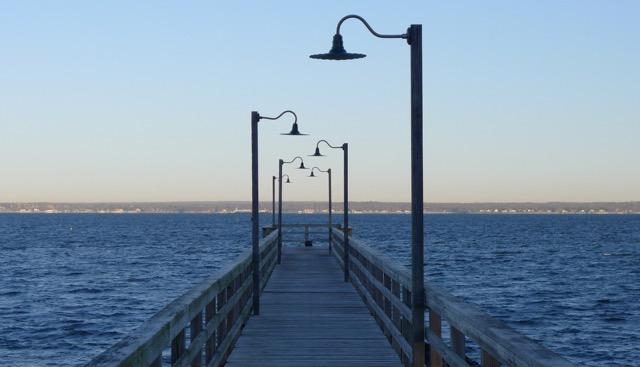 th_258 Pier.jpg