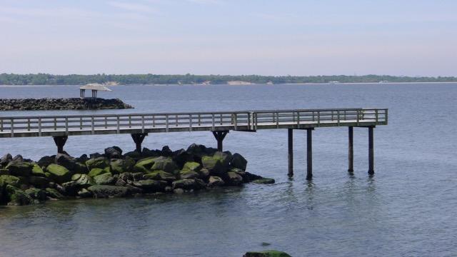th_259 Pier.jpg