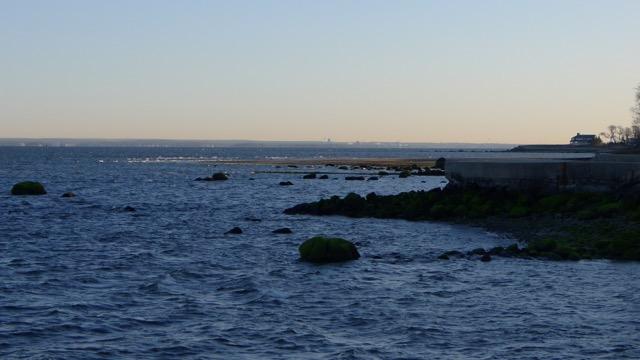 th_285 Pier Views.jpg