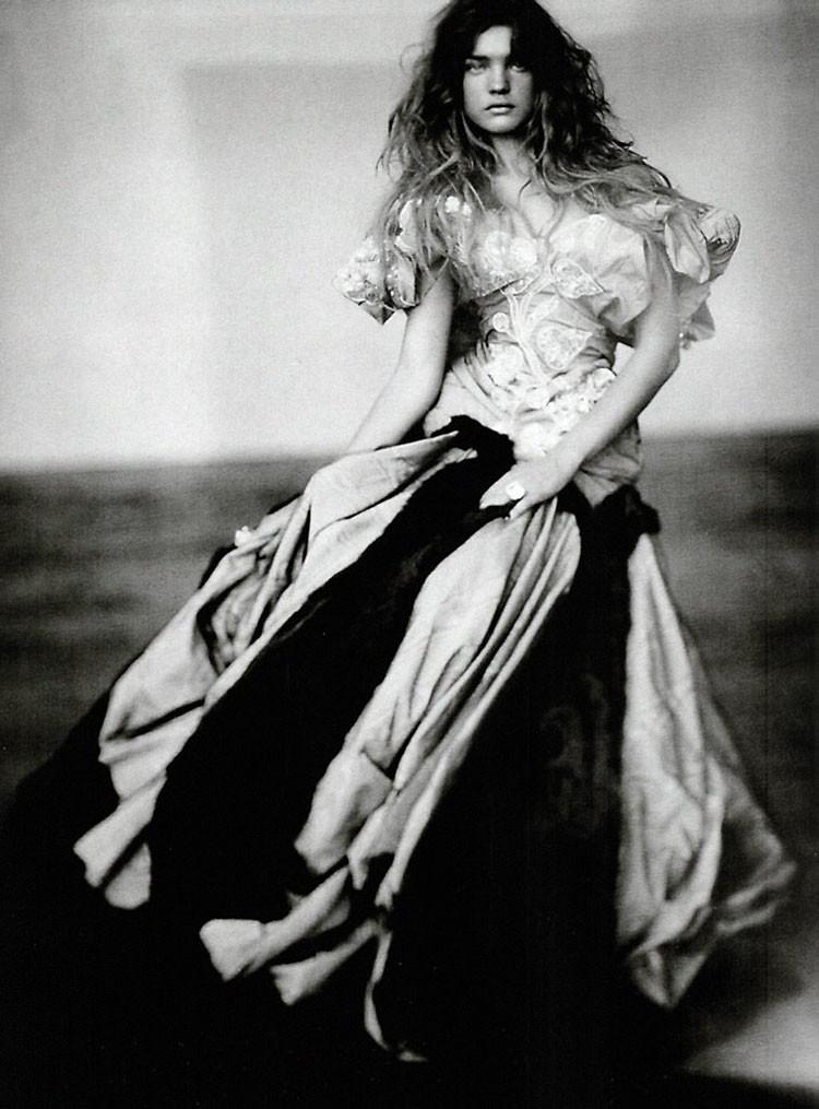 a-girl-of-singular-beauty-paolo-roversi-edward-enninful-vogue-italia-via-fgr