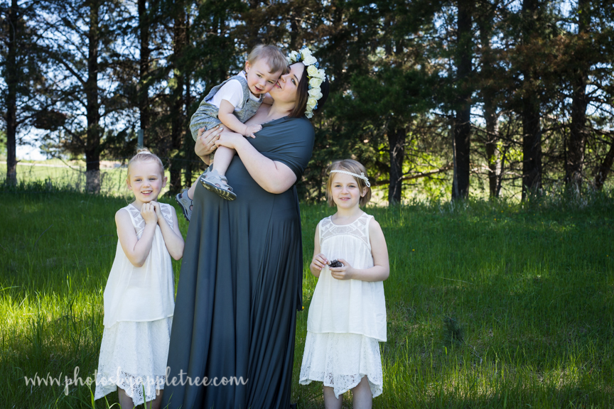 It is always an honor to be chosen by another photographer to capture their story. This incredible momma to three (soon to be five) and I met as we are both birth photographers.  She has had many challenges with her final pregnancy (twins) including early labor and bedrest and throughout it all her humor and resiliency shines through. Her Name Dawn is so fitting as she starts every day anew, holding what matters most, her children close. Now that she is nearing the finish line, and her due date this summer... She tells me how much she is cherishing this time waiting for her new sons to arrive.  I am proud to be both her photographer and her friend.