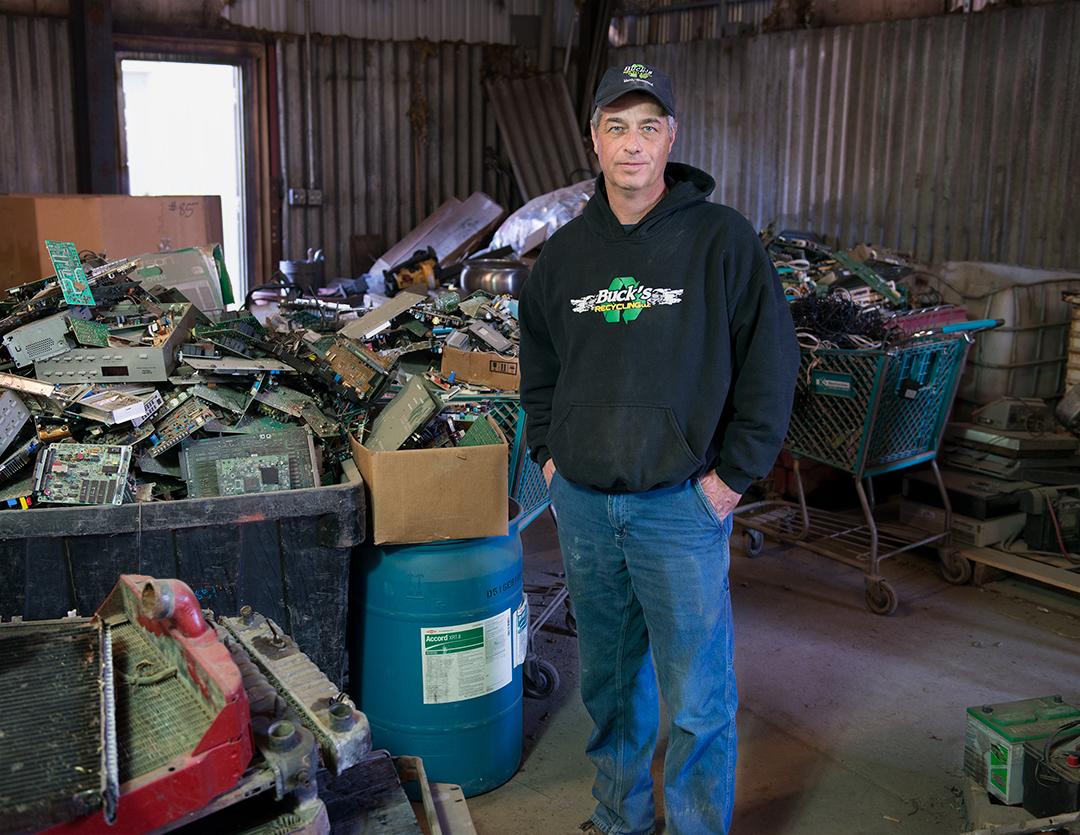 Joe -manager scrap metal yard, 2016