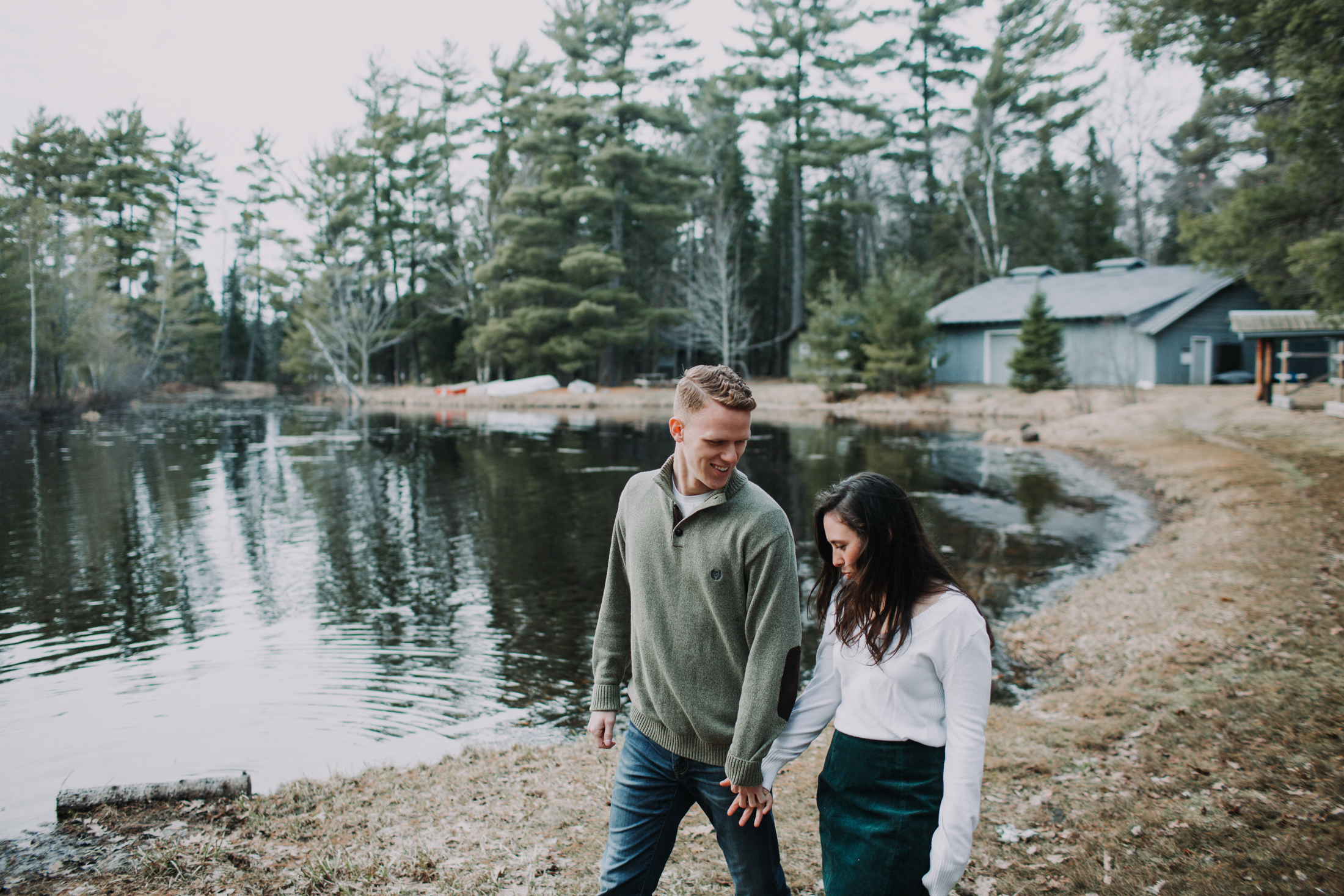 forest-rustic-engagement-wisconsin-b&n-20.jpg