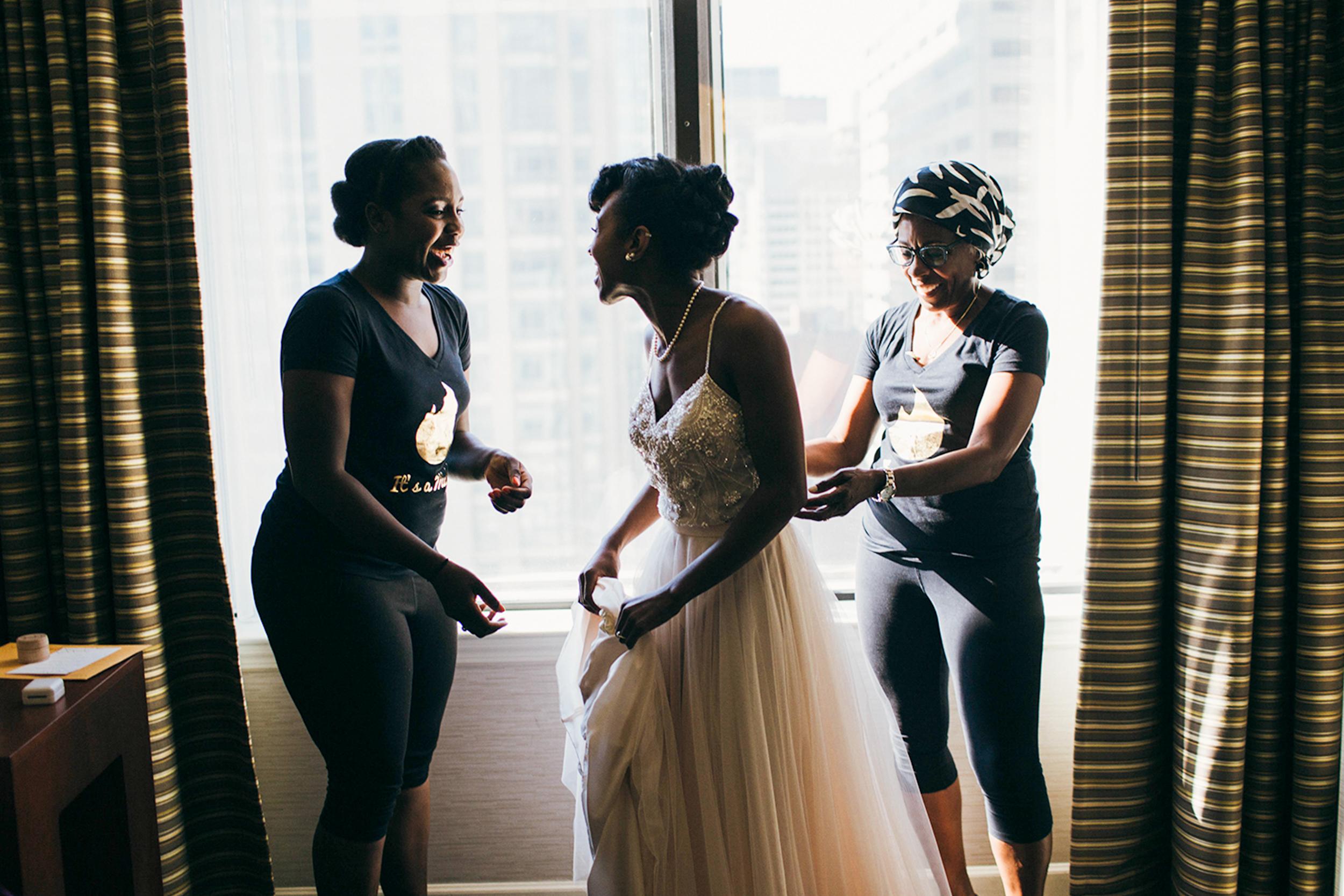 chicago.wedding.urban.intimate.zed451.lake.milton olive park-14.jpg