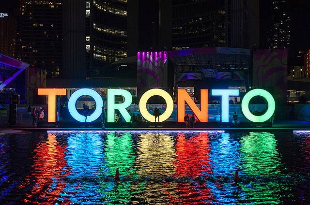 TorontoLetters_NathanPhilipsSquare2015.png