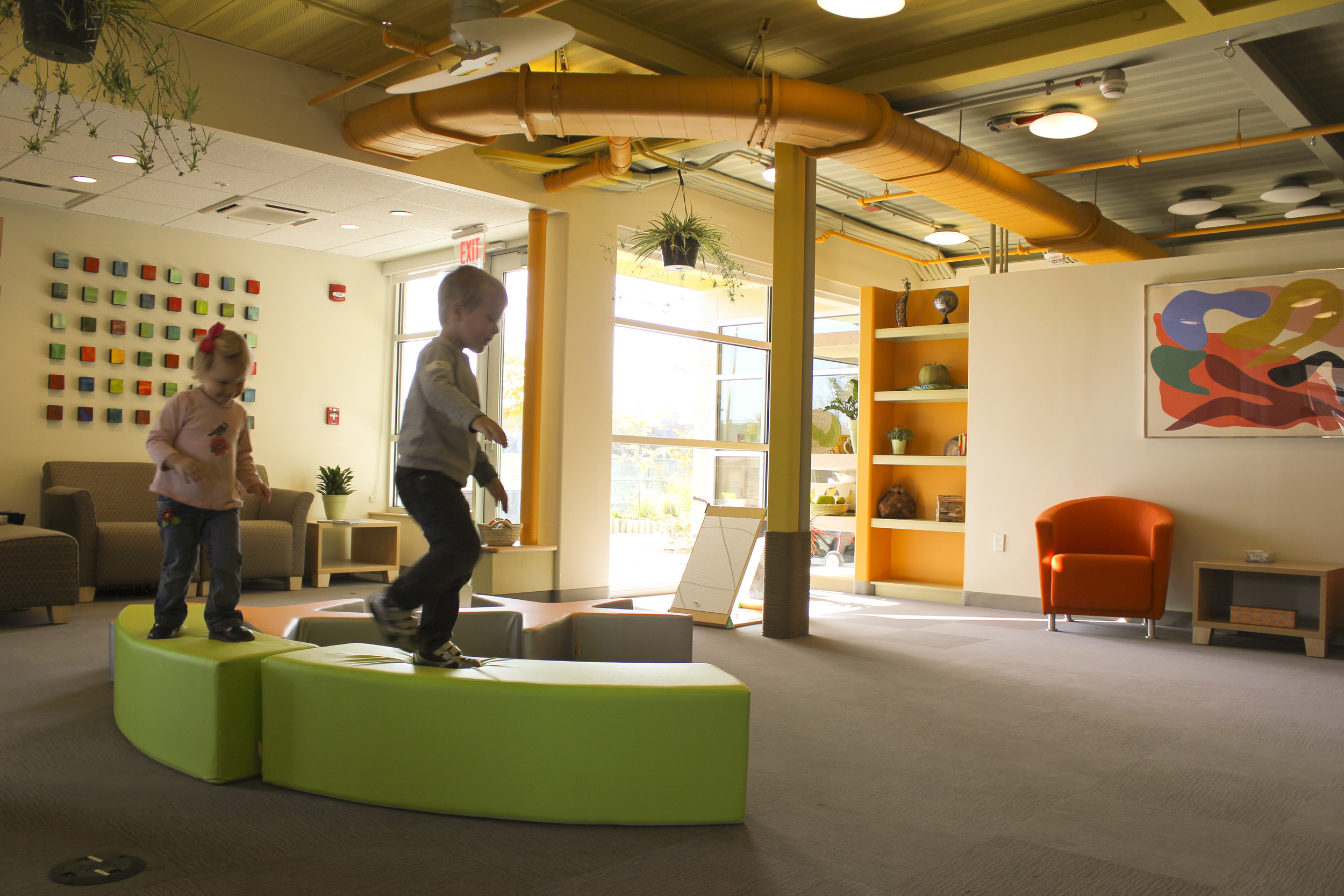 pho-int-lobby furniture play-warmer-72ppi-72x48.JPG