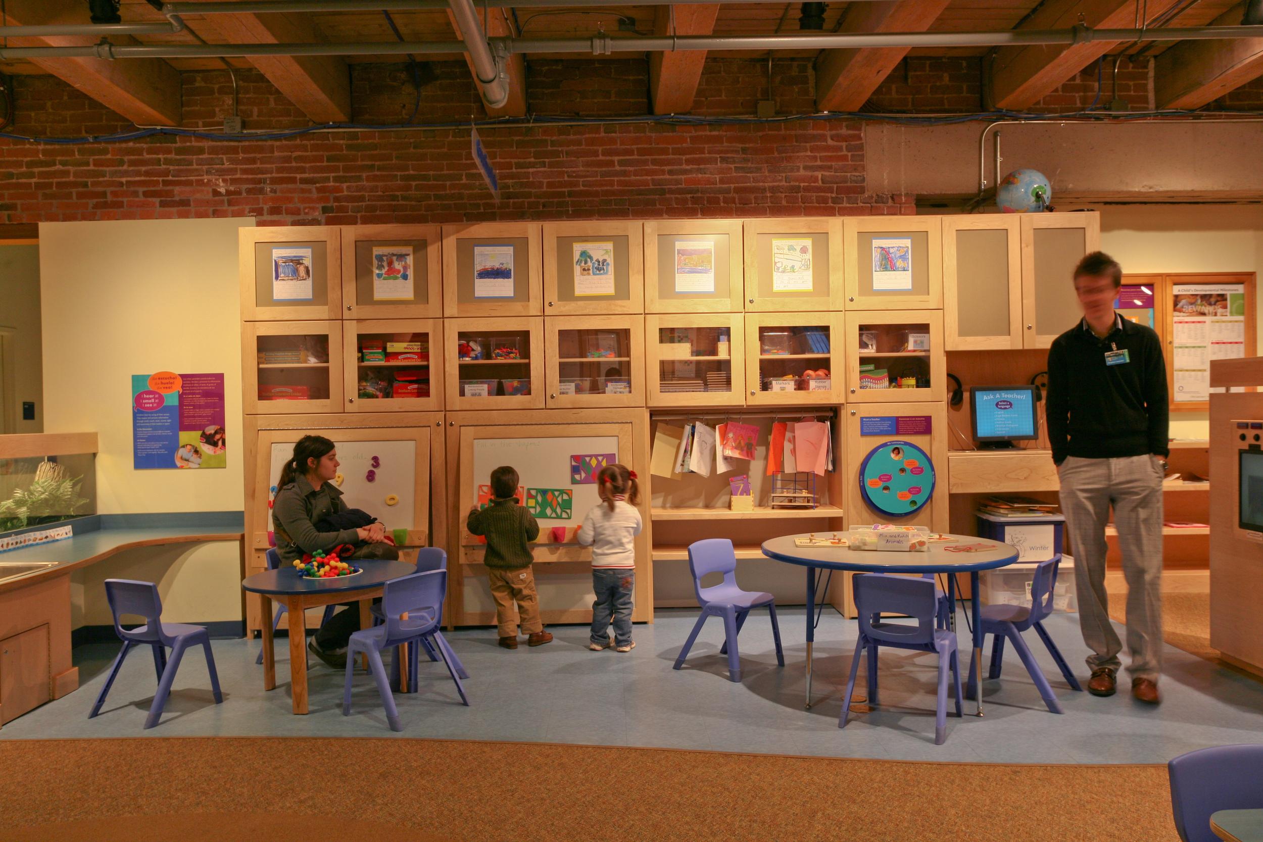 pho-int-art room-240ppi-18x12.jpg