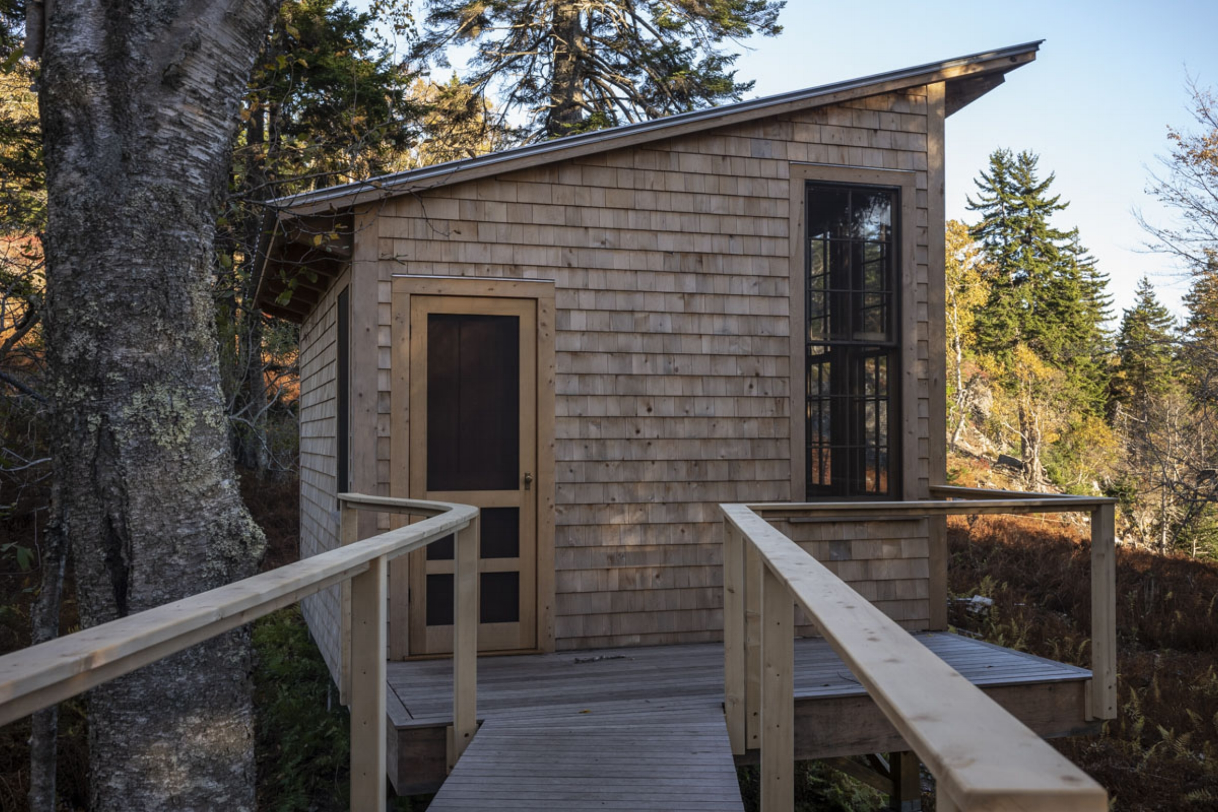 phopro-ext-cove_cabin_w_facade-150ppi8x5.jpg