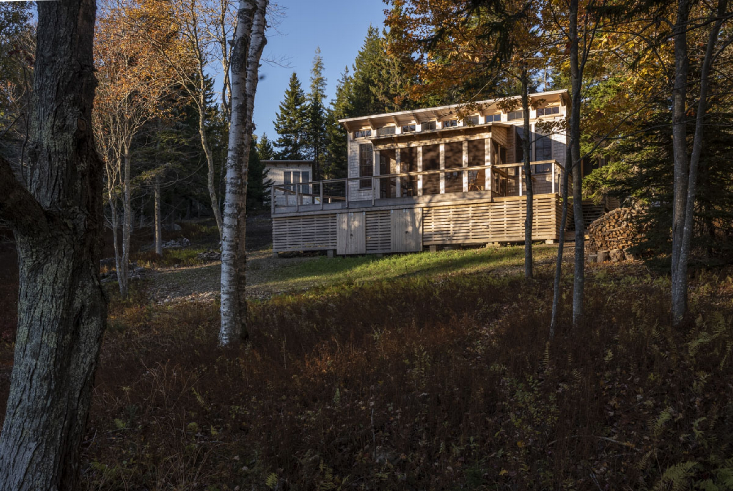 phopro-ext-hill_cabin_s_facade-150ppi8x5.jpg