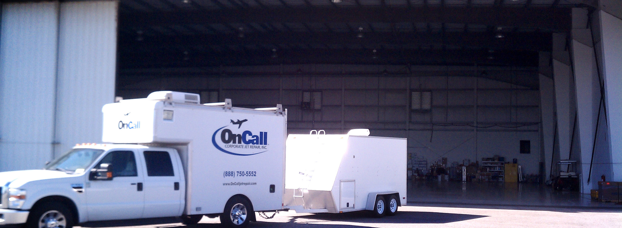OnCallCorporateJetRepair-Truck-Hangar.jpg