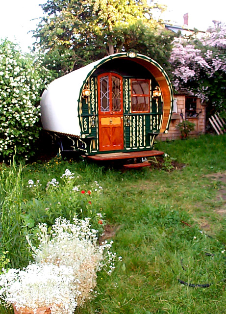 gypsy wagon.jpeg