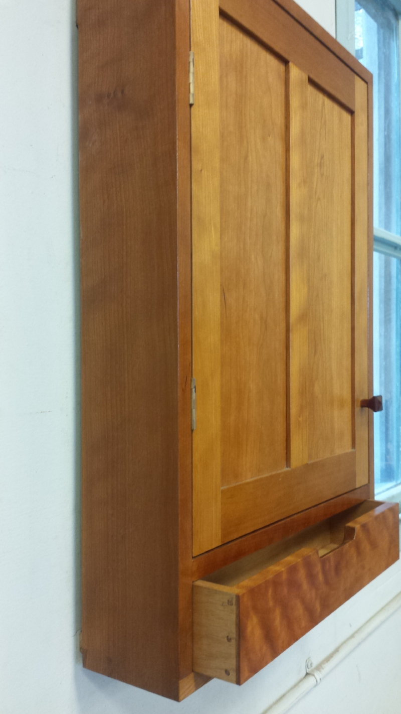 Traditional Wall Cabinet
