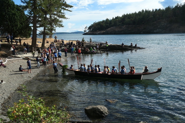 Launching the canoe off Johns Island, Camp Nor'Wester