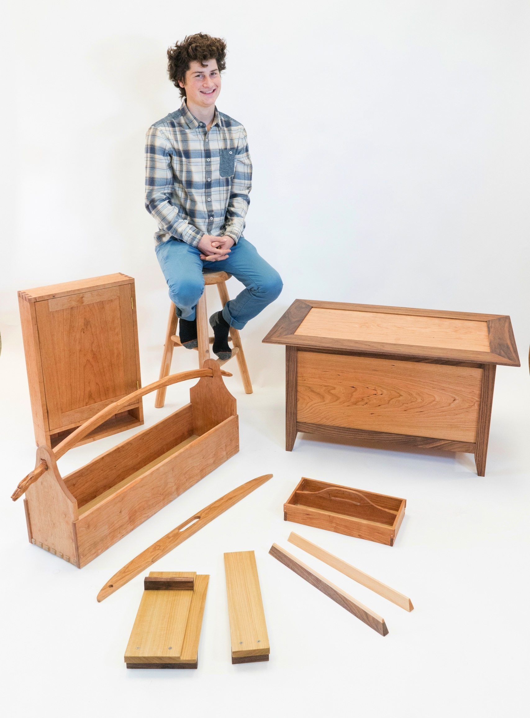 Garrett Kitchen, Foundations of Woodworking Graduate