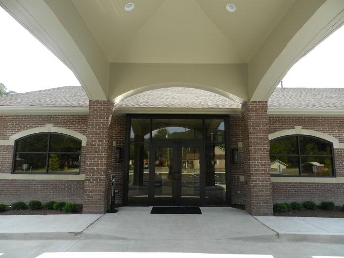 p_entrance.jpg