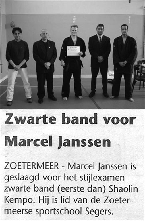 2004-05-28_Streekblad_Zwarte_Band_voor_Marcel_Janssen.jpg