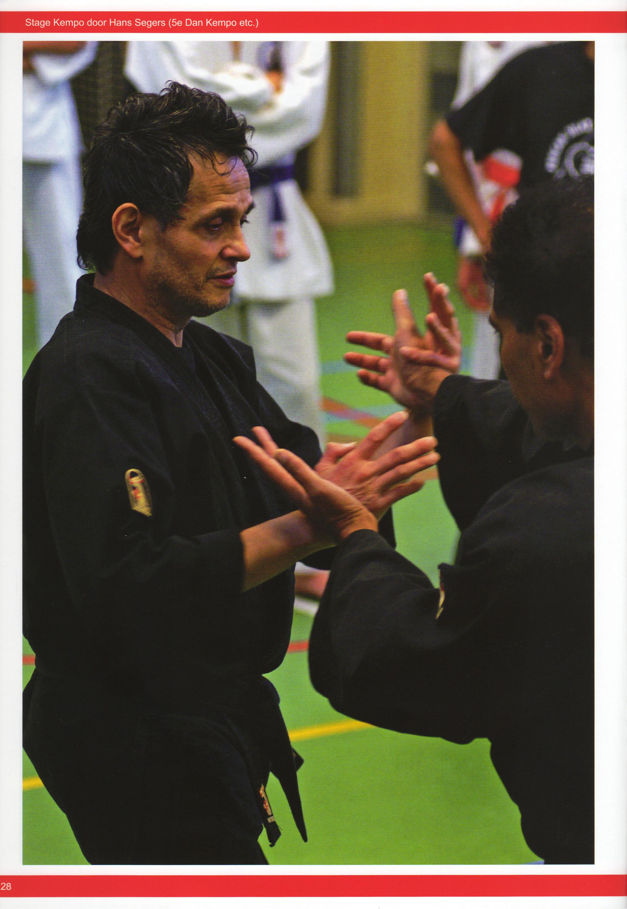 2012-11-04 NFK 7 Masters Martial Arts Festival Fotomagazine 2012 Pagina 28.jpg
